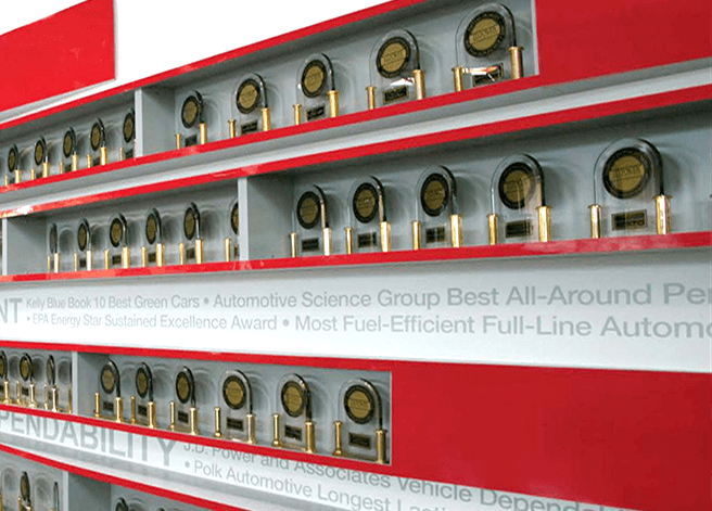 Portfolio_Toyota_Award Wall Exhibit_03