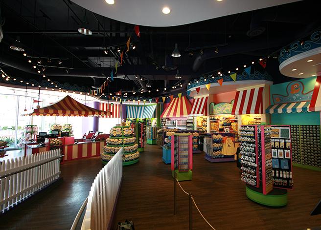 Portfolio_Universal Studios_Super Silly Store_2